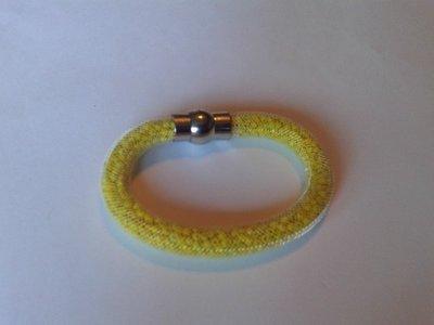 witte stardust armband met gele kralen