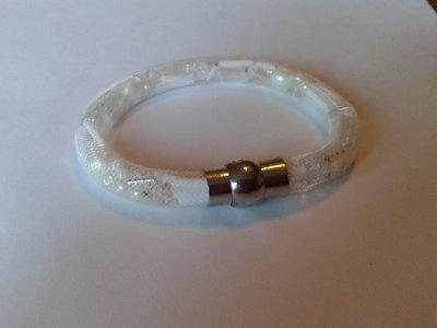 witte stardust armband met allerlei witte kralen